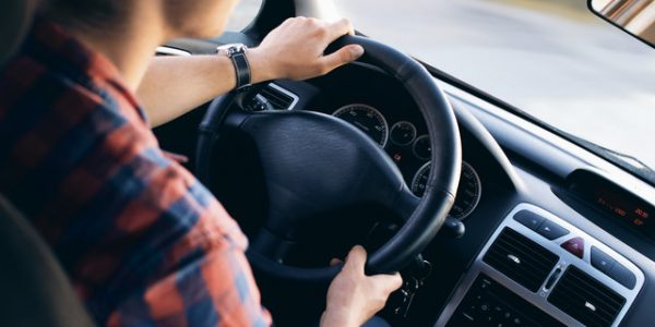 Niesłyszący a prawo jazdy