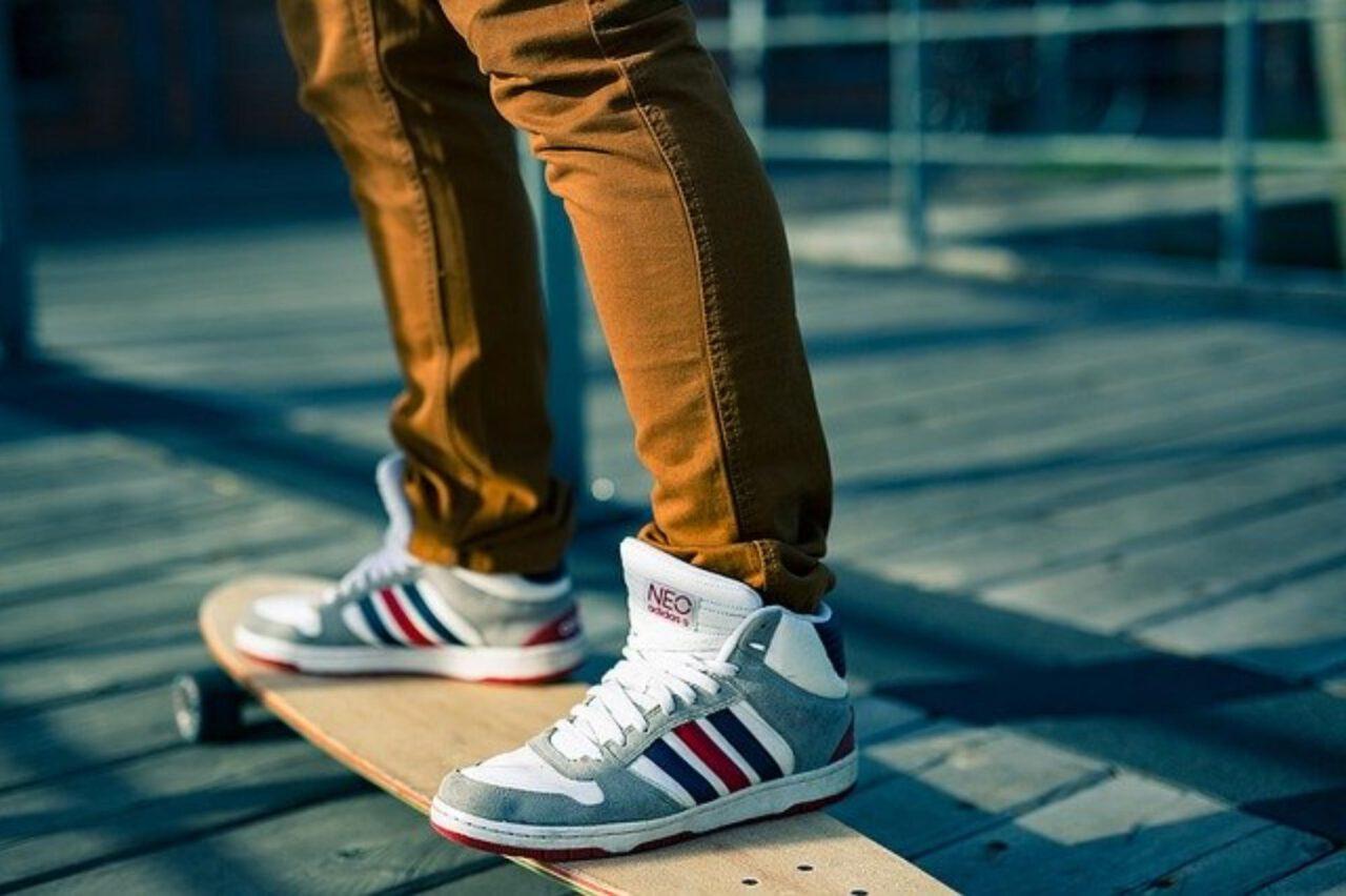Wygodne i dobrej jakości obuwie sportowe męskie