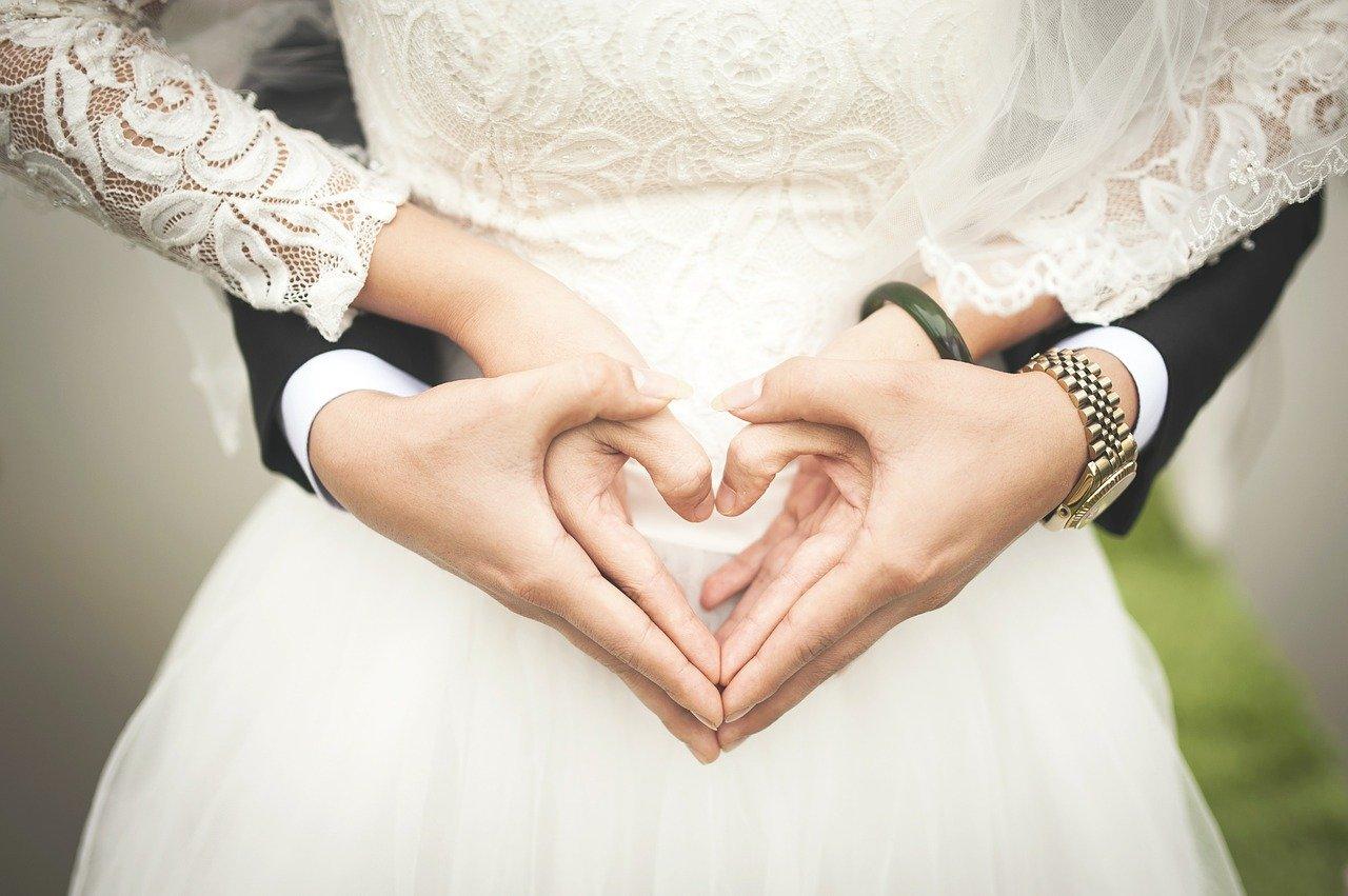 Prezenty na rocznicę ślubu – ciekawe pomysły