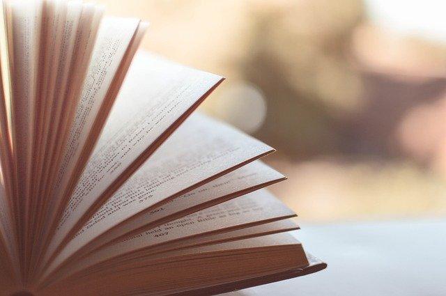 Jak wydać książkę? Poradnik dla początkującego autora