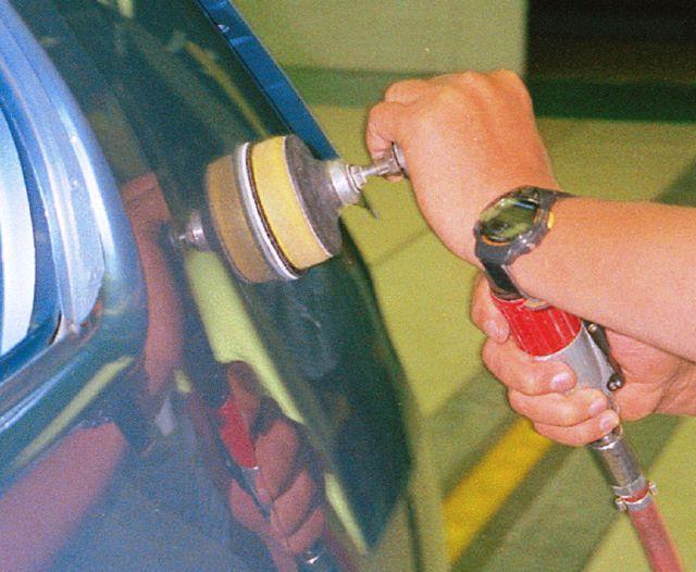 szlifierka mimośrodowa do lakieru samochodowego