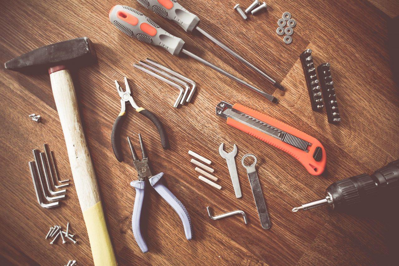 Jak wygodniej dokręcać śruby?