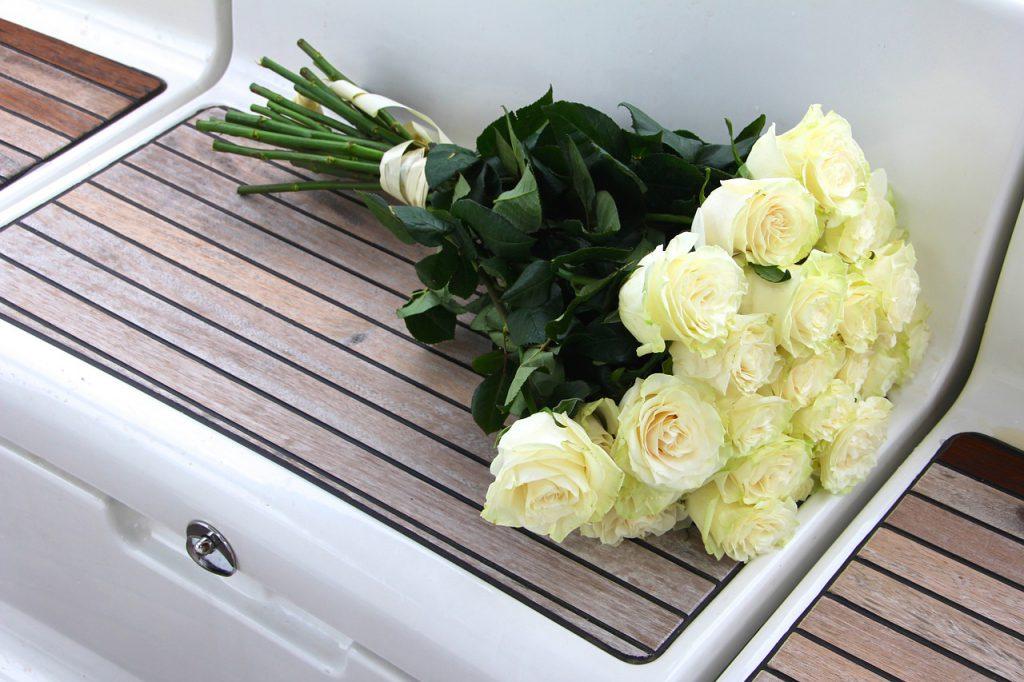 kolory róż białe